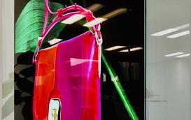 In-Glass OLED Wallpaperサイネージ