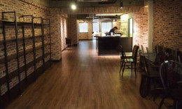 Mippo Cafe&Bar様 (新宿区/東京)    新規レストラン音響システム施工工事